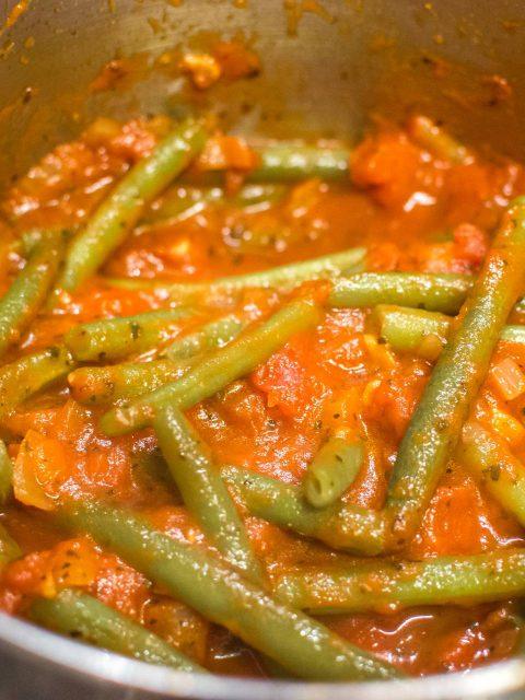 green beans in marinara close up