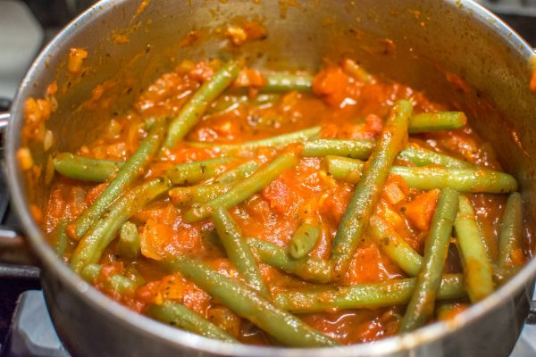 green beans in marinara close up